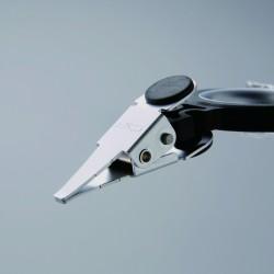 Pinza para hackle punta especial C&F Design CFT-120-2